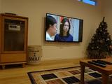 ホームシアターへと出世予定の、壁掛けTVとBGMシステム。。。