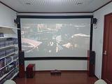 幅も投射距離も足りない部屋に、120インチスクリーンを設置した、ホームシアター工事。。。