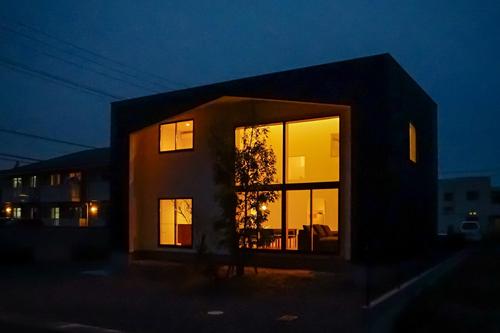 羽ノ浦の家